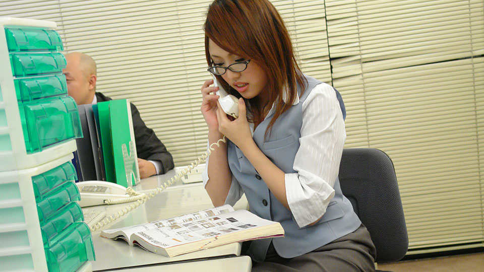 Japanese Hot Secretary Pleasing Her Boss And His Partner In The Office