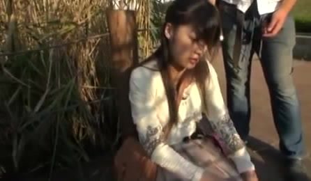 Pretty Asian Teen Babe In A Coat Gets Banged Hard Outdoors
