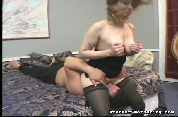 Mature amateur in foreplay action