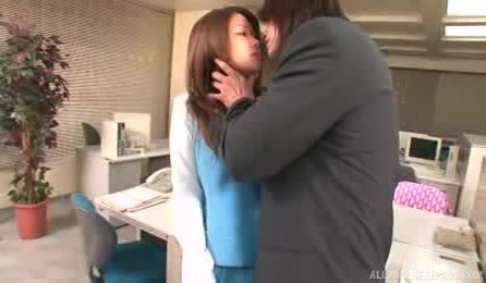 Insolent Office Beauty With Huge Boobs Receives A Huge Dick To Crack Her Pussy While At Work