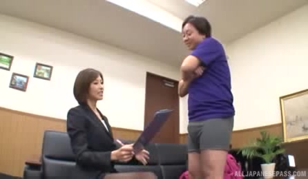 Horny Japanese Office Lady Looks So Sexy, And She Wants To See Cock Of The Guy Who Is Sitting In Front Of Her