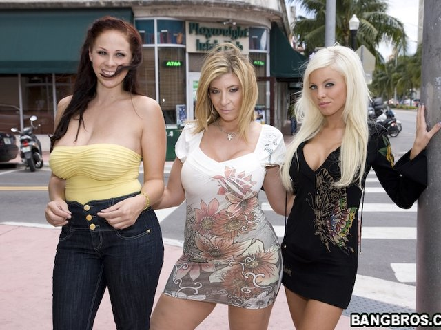 Stripper orgy pics